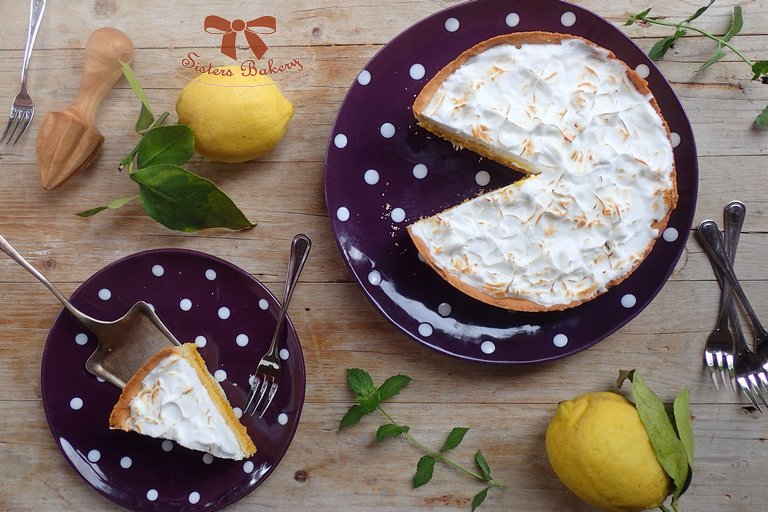 Citrónový koláč s meringue penou