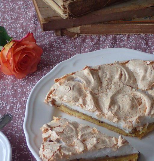 Egrešový koláč s bielkovou penou