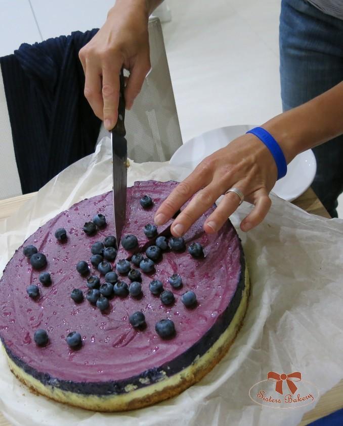 Cheesecake s čučoriedkovou penou