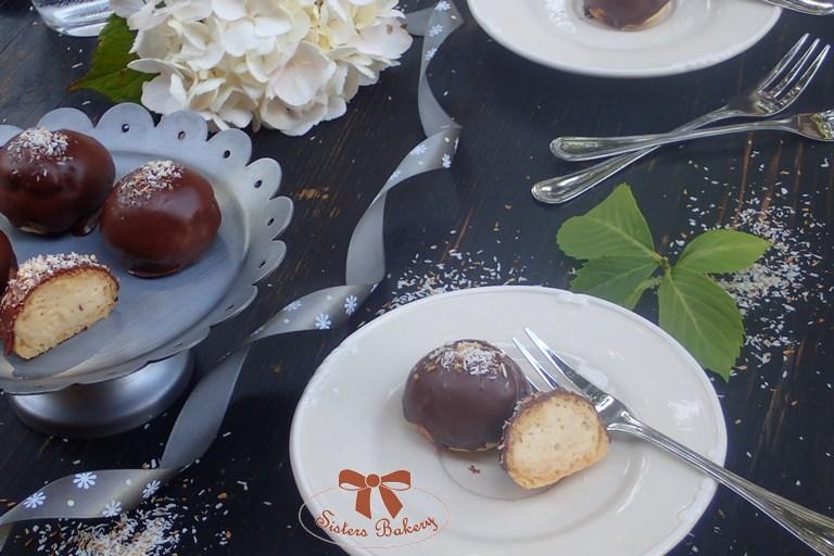Odpaľované koláčiky s kokosovým krémom
