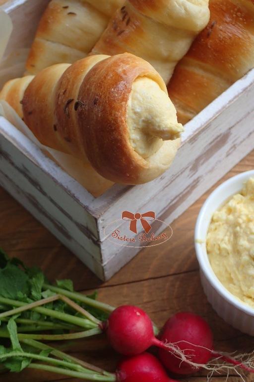 Domáce pečivo - chlebové kornútky