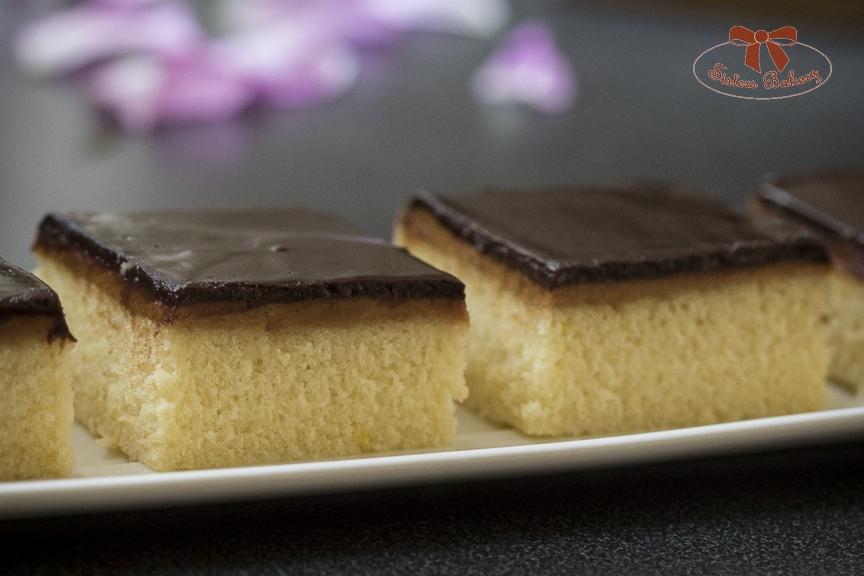 Jednoduchý koláč s arašidovým maslom