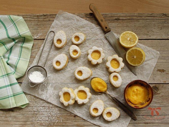 Linecké koláčiky s citrónovým krémom