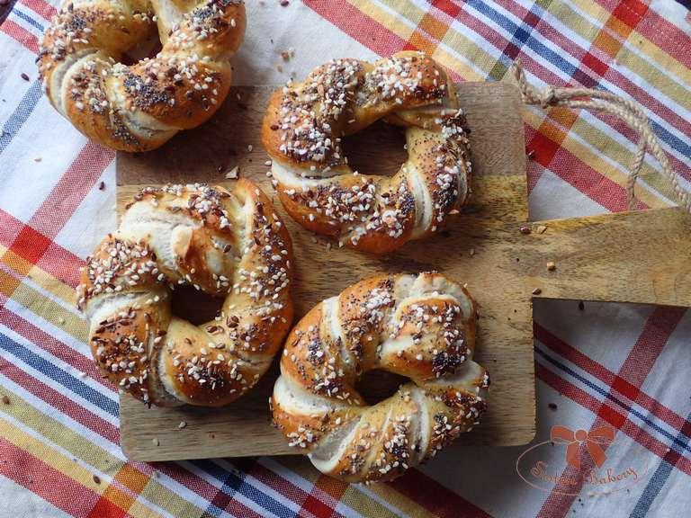 Bavorské pečivo so semiačkami
