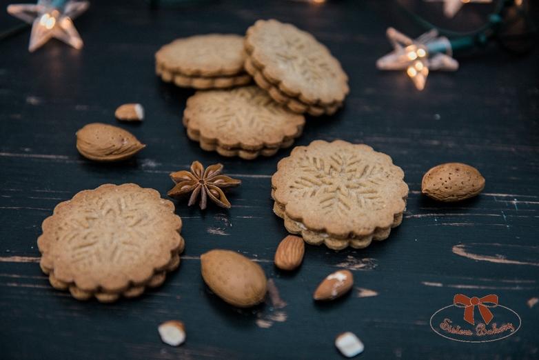 Špekulacius keksíky plnené marcipánovou plnkou