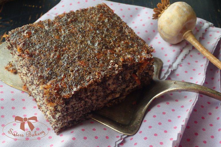 Šťavnatý makový koláč s jablkami aj v bezlepkovej verzii