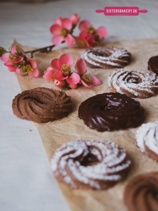 Kakaové venčeky s čokoládovou polevou