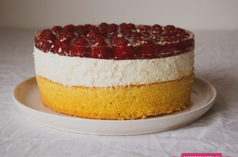 Bazová torta s malinami