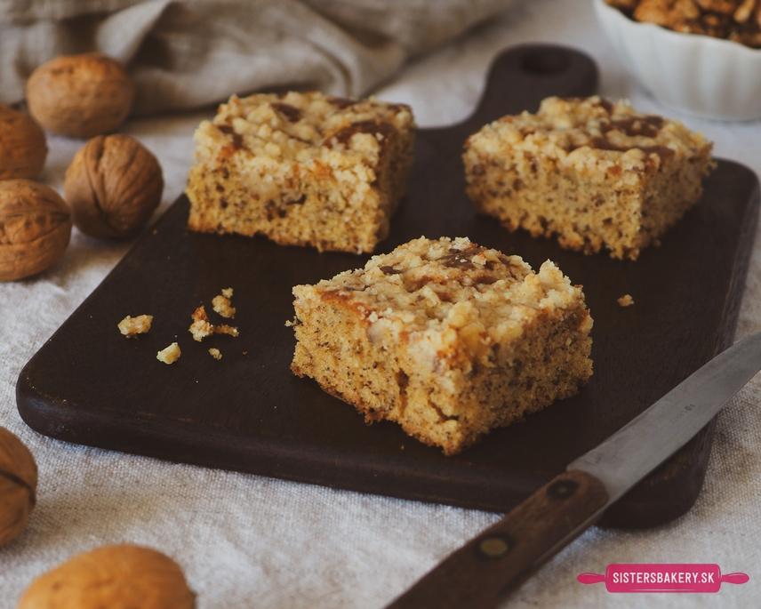 Banánové muffiny a koláč