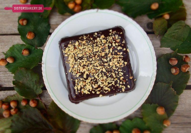Orechový koláč z lieskovcov bez múky