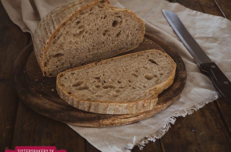 Cmarový chlieb z kvásku